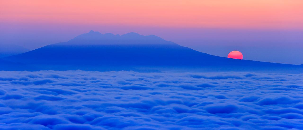 キャンピングカーで旅する北海道 日本最大の大雲海 津別峠展望台からの絶景